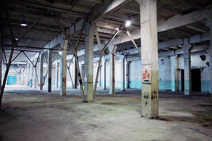 Высота потолков складского помещение до 10 м
